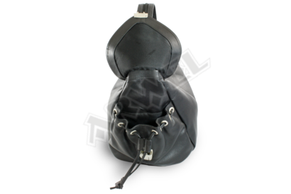 Černý kožený batůžek