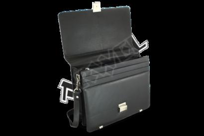 Černá kožená aktovka se dvěma velkými vnitřními přihrádkami