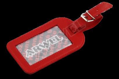 Červená kožená visačka na zavazadlo