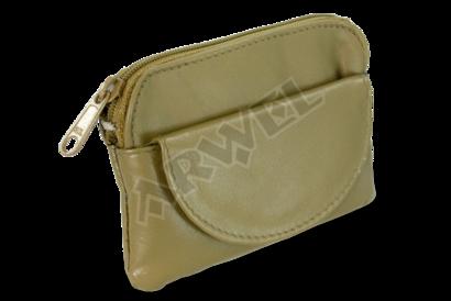 Zelená kožená klíčenka se zipovou a klopnovou kapsičkou