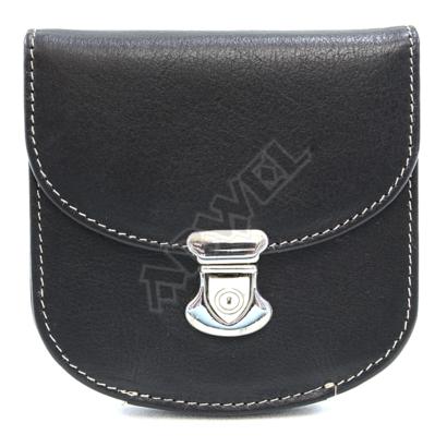 Malá dámská kožená peněženka se zámečkem