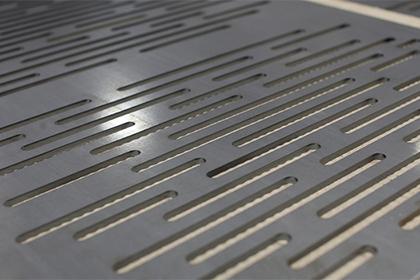 CNC Vysekávání plechů