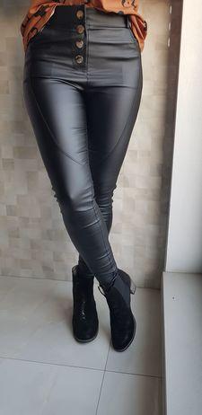 Koženkové kalhoty vel. M