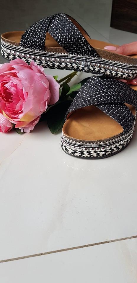 Pantofle černé vel. 37