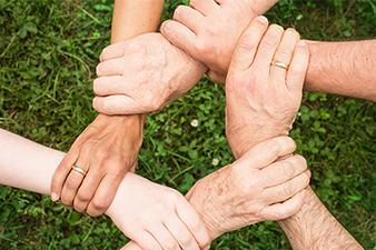 Když pomůžeme druhým, získá náš život smysl